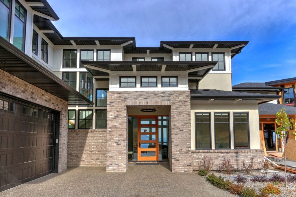 Front entrance of 470 Rockview Lane, a custom home build by Stark Homes